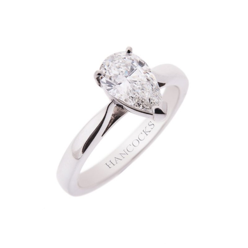 platinum-paer-cut-diamond-engagement-ring