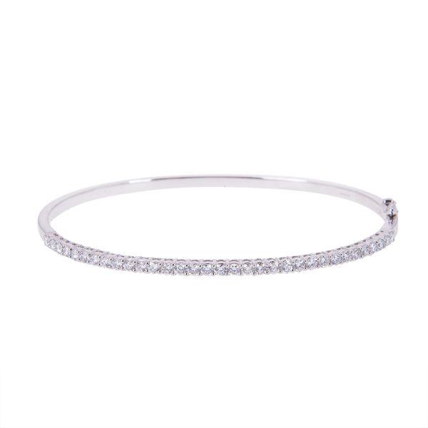 claw-set-brilliant-cut-diamond-bangle