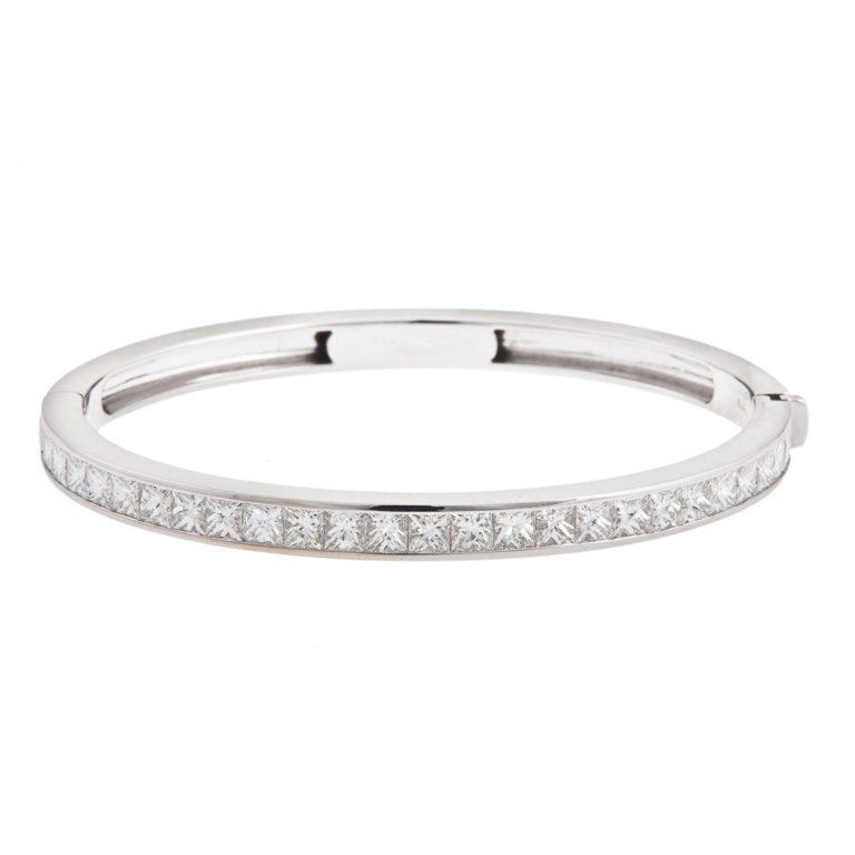 6.00ct-princess-cut-diamond-bangle-in-18ct-white-gold