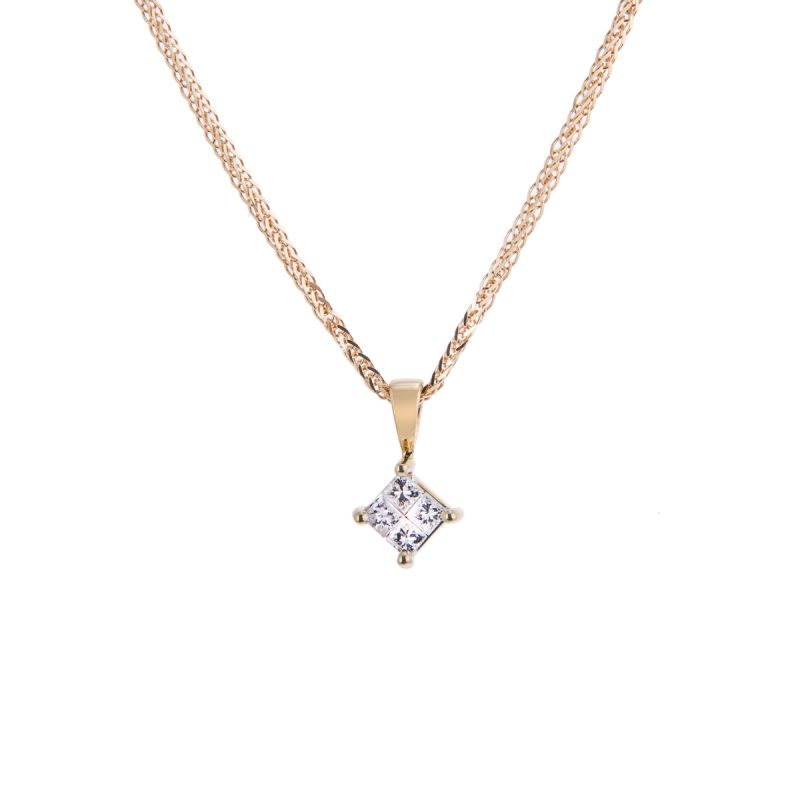princess cit diamond pendant in a 4-claw setting