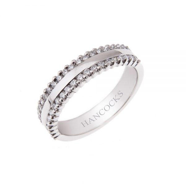 ladies-platinum-brilliant-cut-diamond-set-wedding-band
