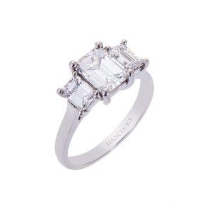 platinum-diamond-trilogy- ring