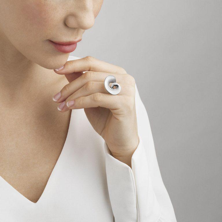 Georg Jensen Mobius silver swirl ring