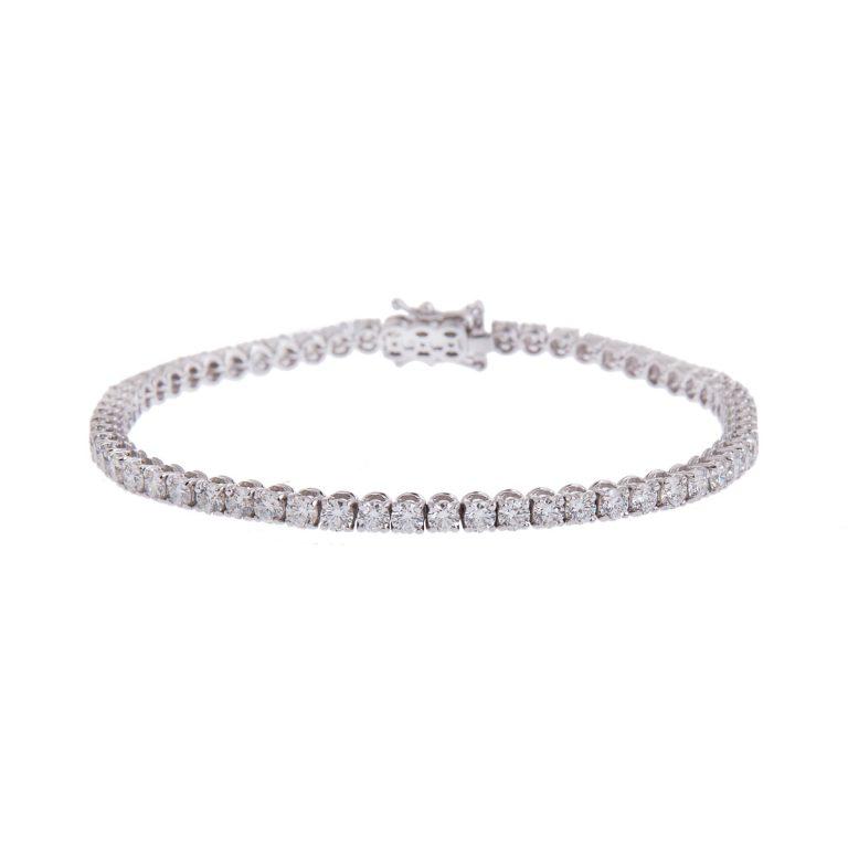 brilliant-cut-diamond-bracelet