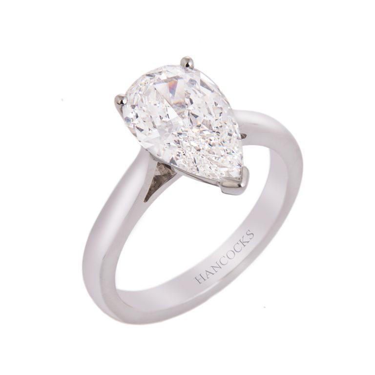 2carat-pear-cut-diamond-ring