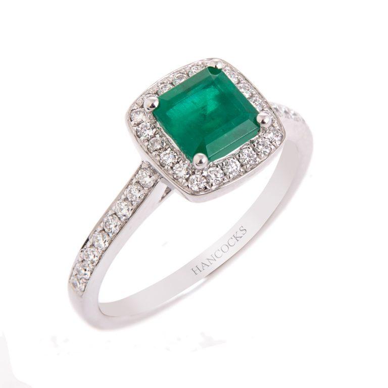 emerald-and-diamond-ring