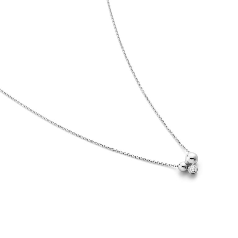 MOONLIGHT GRAPES Pendant with Diamonds