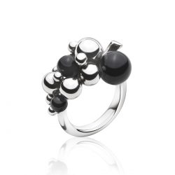 moonlight-grapes-black-onyx-ring