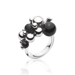 moonlight-grapes-black-onyx-ring