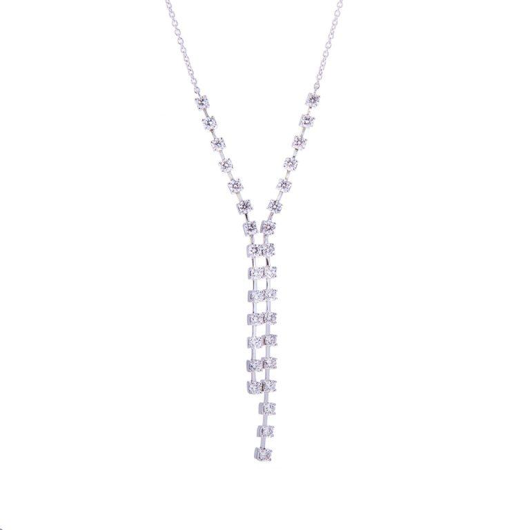 H 171019 12 diamond pendant