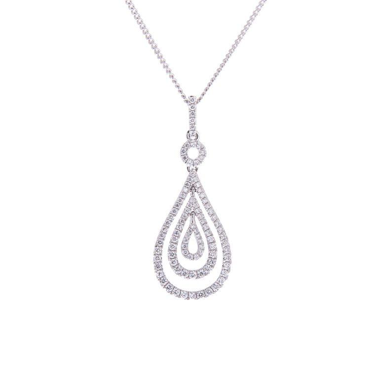 H1200 7 18ct gold diamond pendant