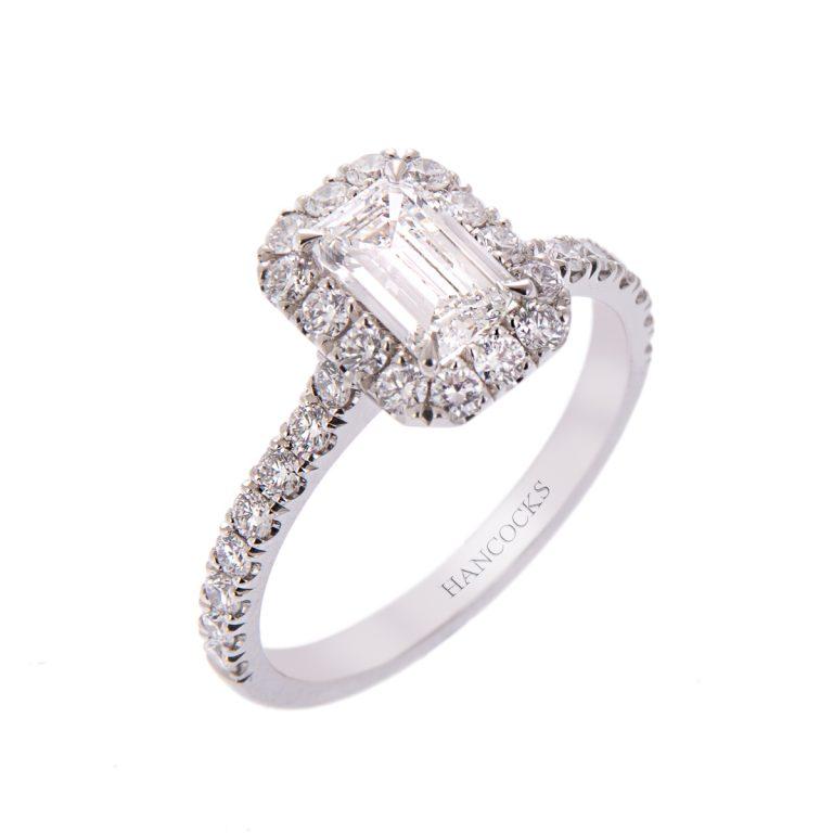 H140920 18 emerald cut diamond cluster ring