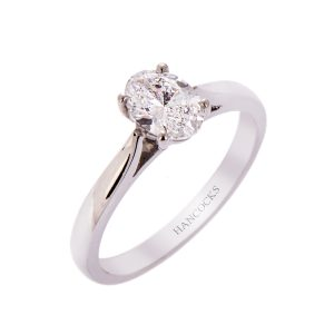 H140920 21 d colour oval cut diamond ring in platinum