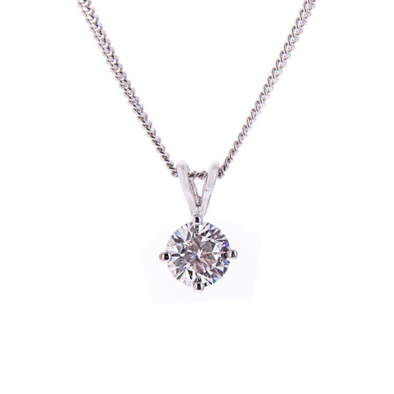 H140920 67 brilliant cut diamond pendant
