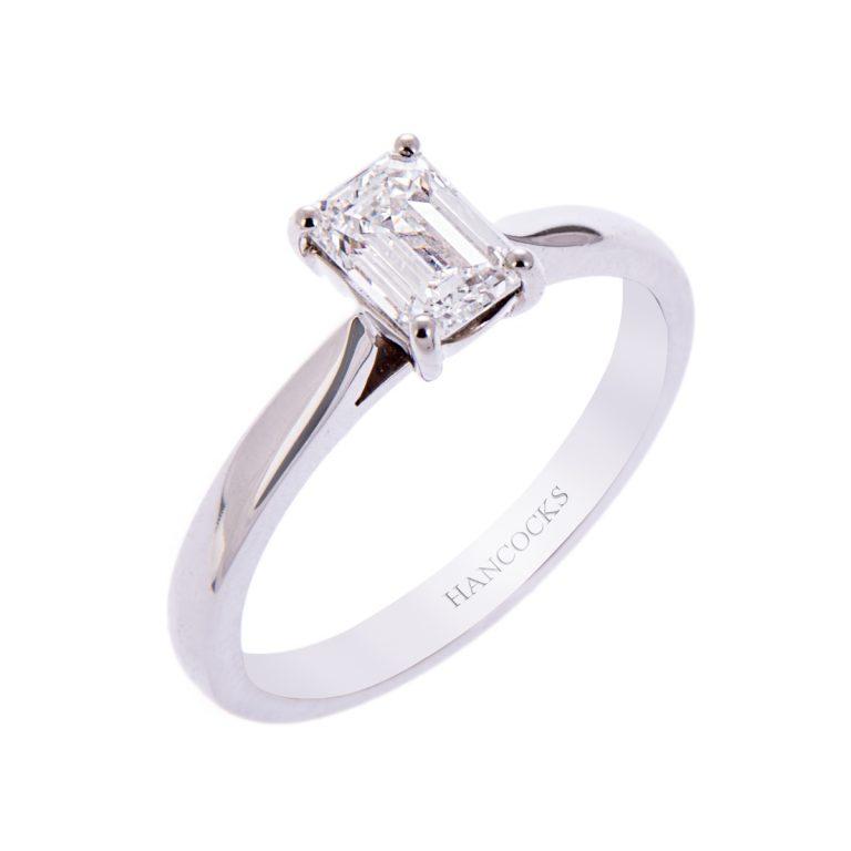 H140920 8 e colour emerald cut diamond ring