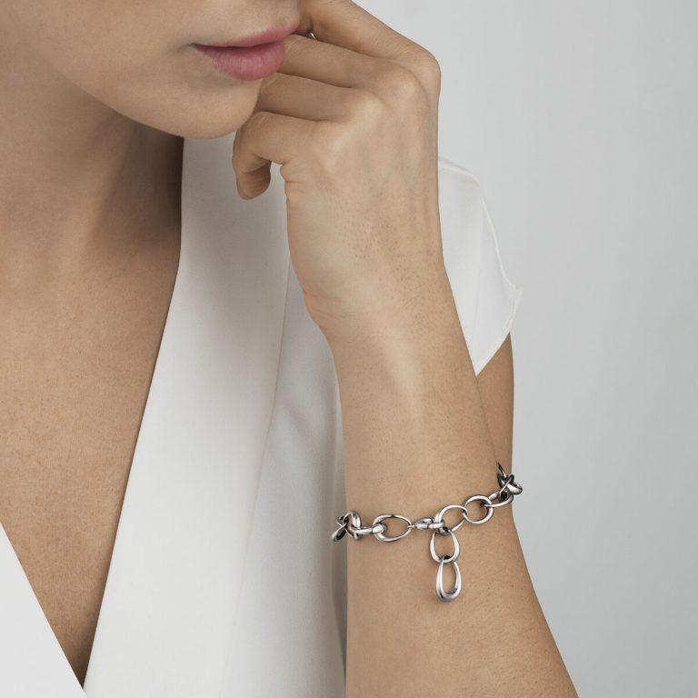 OnModel__10012559 OFFSPRING link bracelet silver