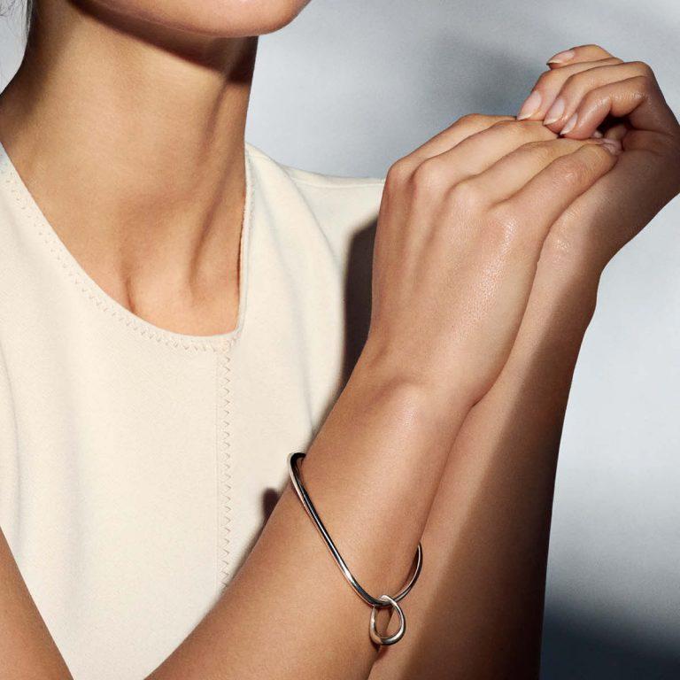 OnModel__10013289 h1 jewellery offspring bracelet 1200x1200 2