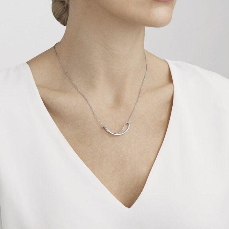 OnModel__10013675 INFINITY pendant silver