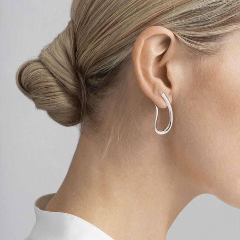 OnModel__10013676 INFINITY earring sterling silver