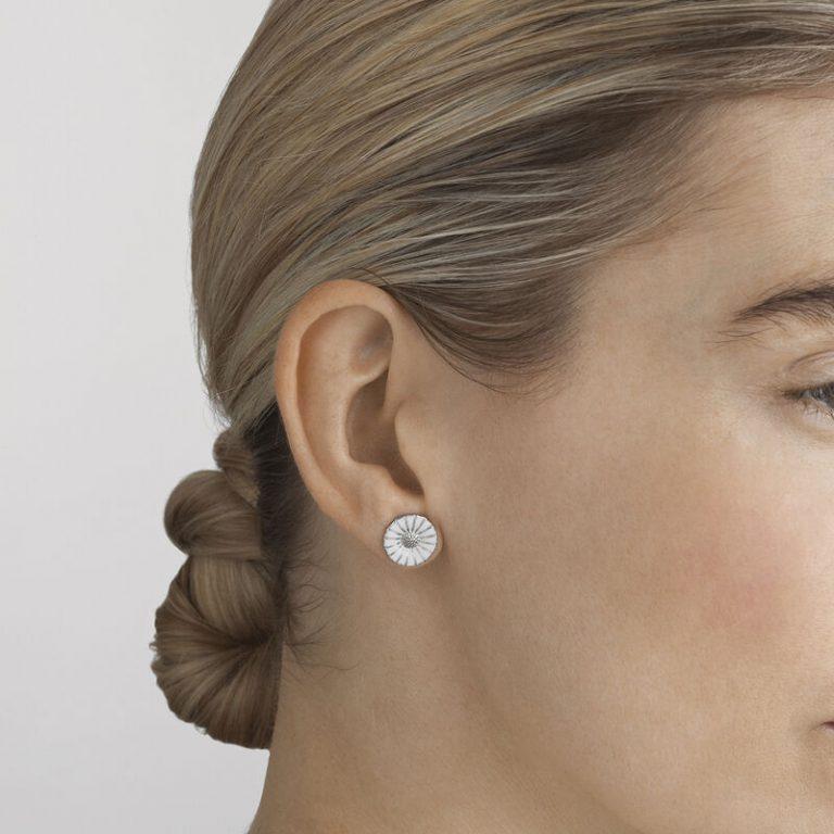 OnModel__3539208_Daisy_earrings_white