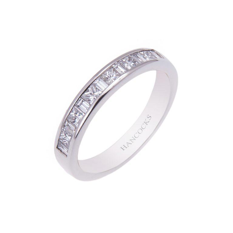baguette and princess cut diamond set wedding ring HE 27