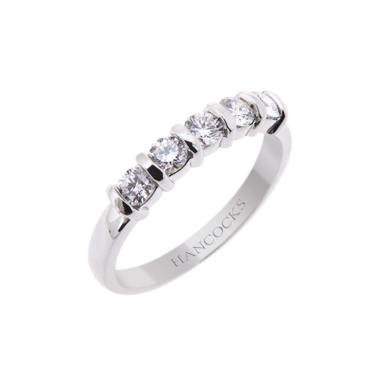 bar set brilliant cut diamond 5 stone ring 4H 29