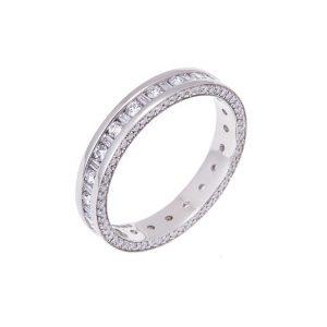 platinum-diamond-set-wedding-ring