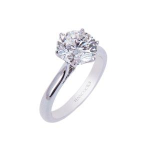 platinum-diamond-engagement-ring