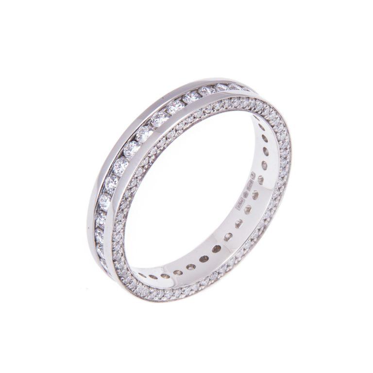 platinum-ladies-diamond-set-wedding-band-with-diamond-set-sides