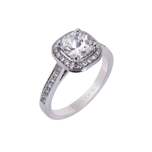 certificated diamond cluster ring in platinum