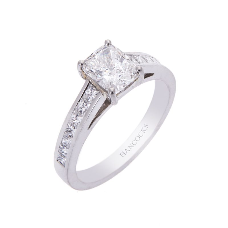 platinum-cushion-cut-diamond-ring