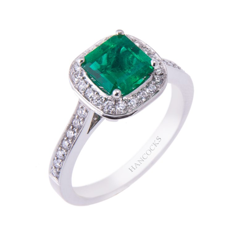 emerald-and-diamond-cluster-ring-in-platinum