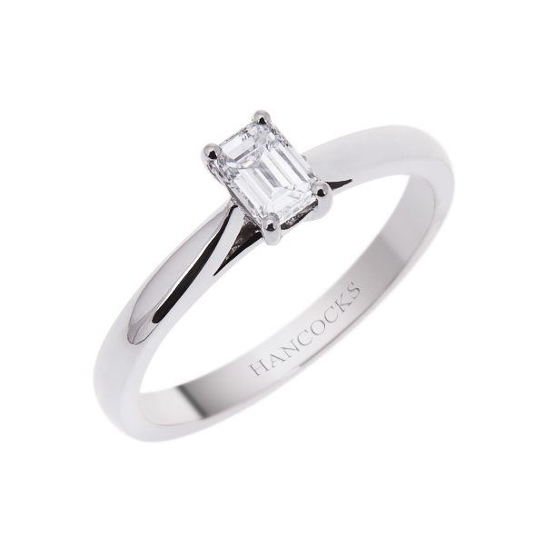 emerald-cut-diamond-single-stone-engagement-ring