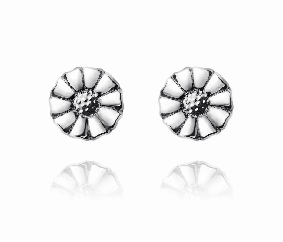 daisy silver earstuds