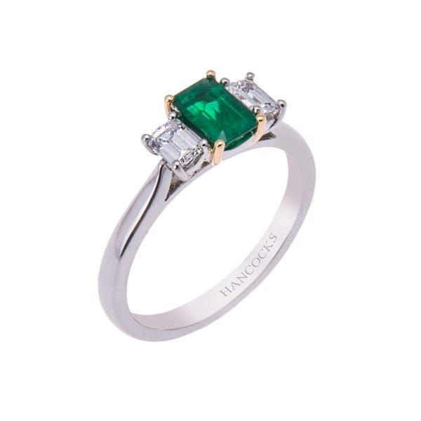platinum-emerald-and-diamond-claw-set-engagement-ring