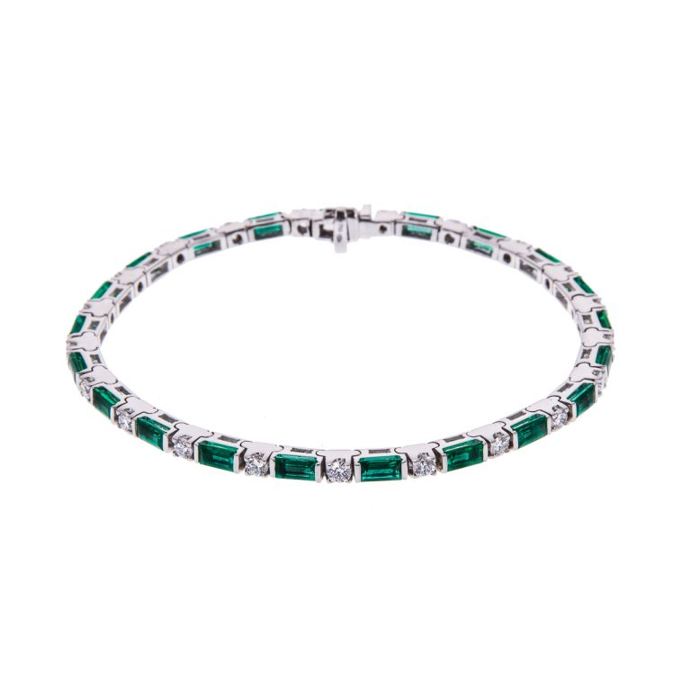 18ct-white-gold-emerald-and-diamond-bracelet