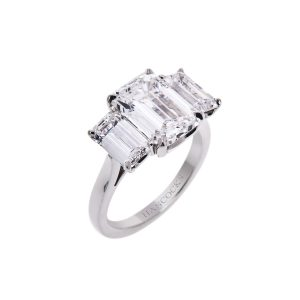 emerald-cut-diamond-3-stone-ring