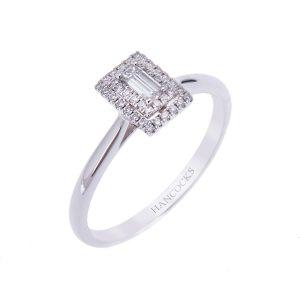 platinum-engagement-ring