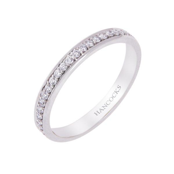 diamond-set-wedding-ring-for-her,hancocks-manchester