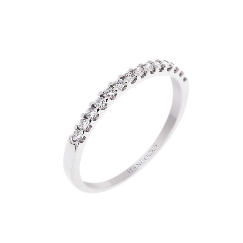 platinum ladies brilliant cut diamond set wedding ring