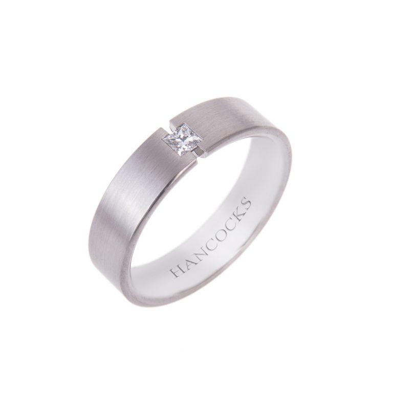 diamond-set-satin-gents-palladium-ring
