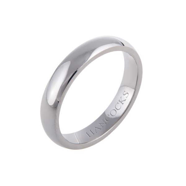 court-shaped-gents-wedding-ring