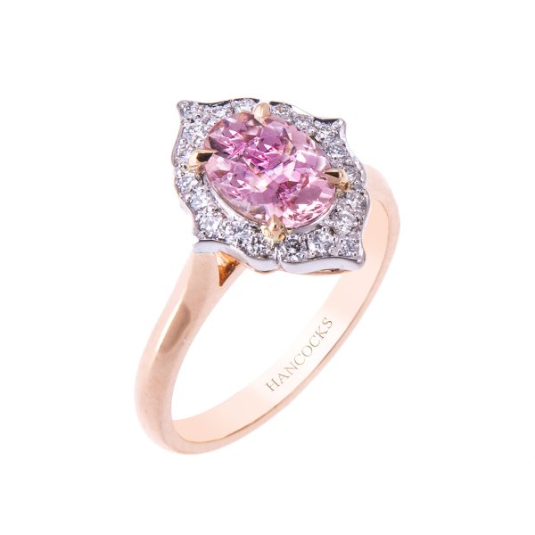 vintage-style-oval-morganite-and-diamond-ring