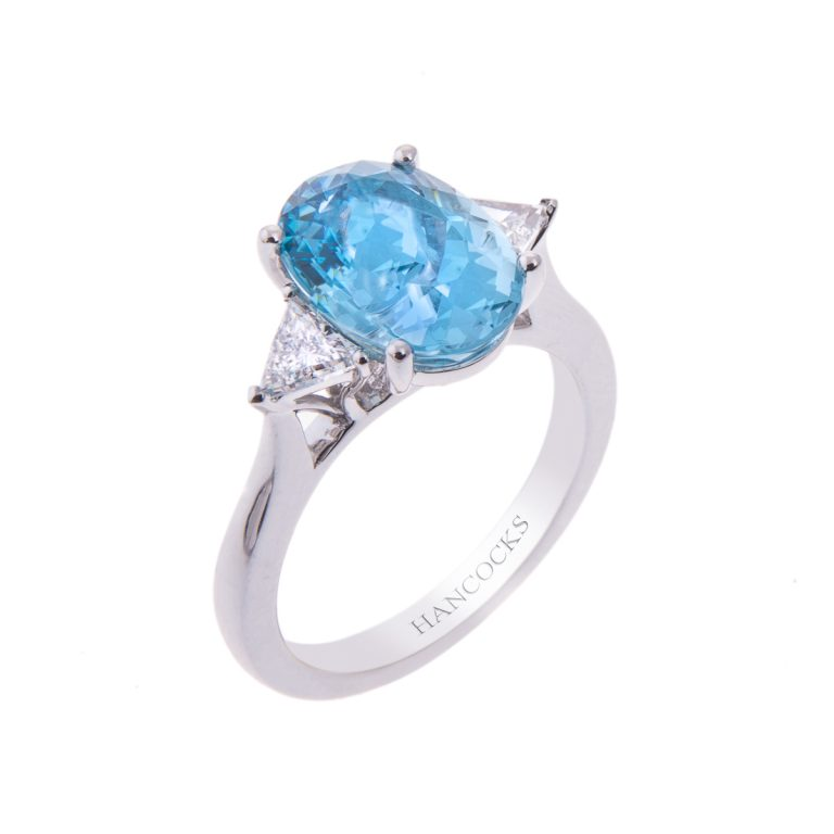beautiful-aquamarine-and-diamond-ring