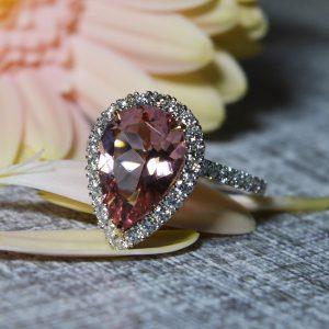18ct-white-gold-morganite-and-diamond-ring