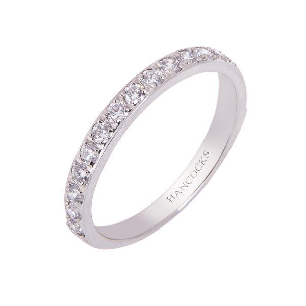 brilliant-cut-platinum-ladies-diamond-set-wedding-ring