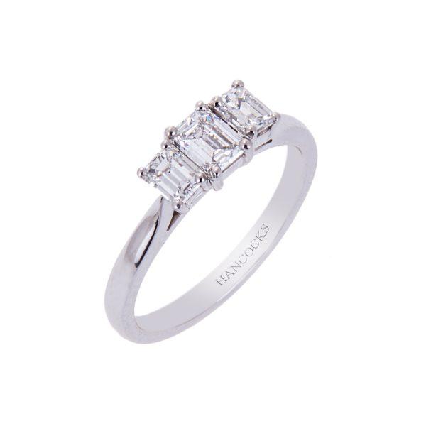 platinum-diamond-wedd-fot-3-stone-engagement-ring