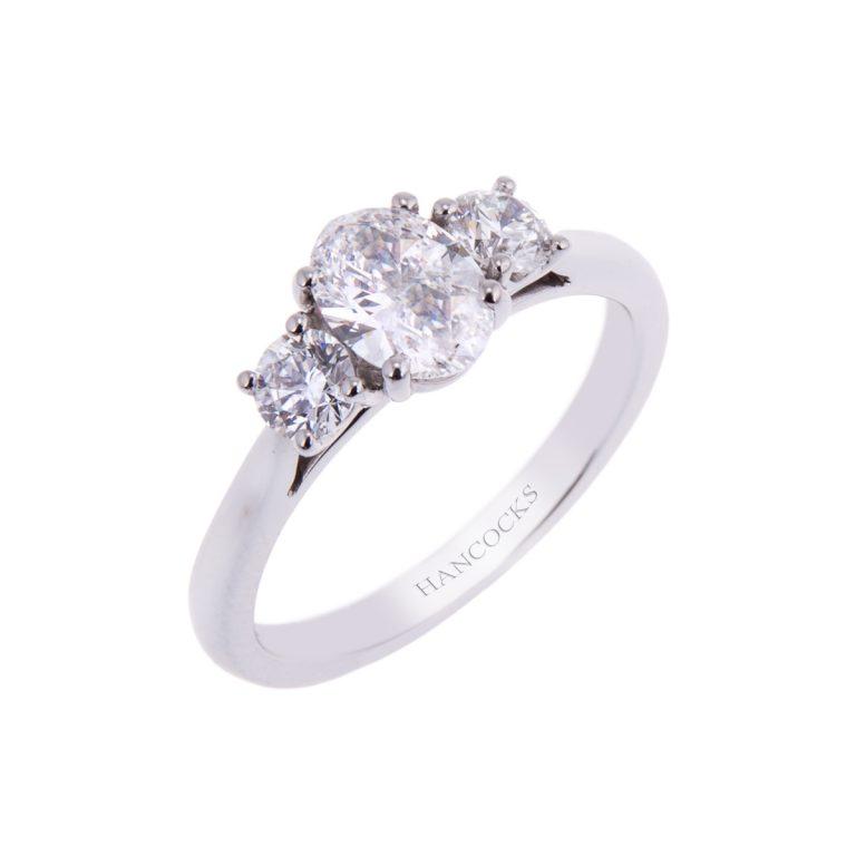platinum oval cut diamond 3 stone ring HH 10