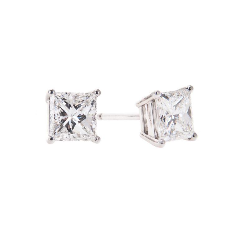 claw-set-princess-cut-diamond-stud-earrings