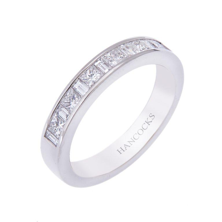 princess and baguette cut diamond wedding ring H1200 62